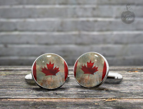 CUFFLINKS - Vintage Flag of Canada -  the Maple Leaf