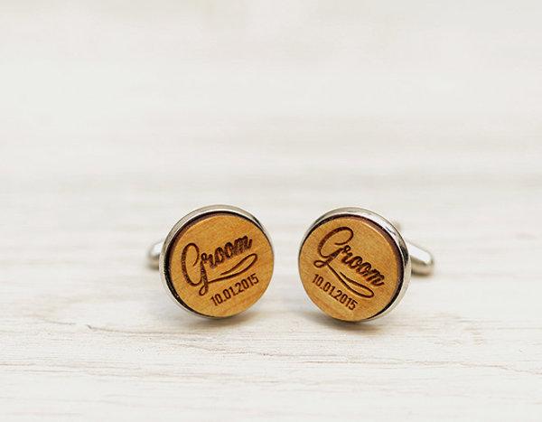 Personalized Wedding Cufflinks - GROOM & wedding date  - Very elegant wooden wedding ceremony cuff links