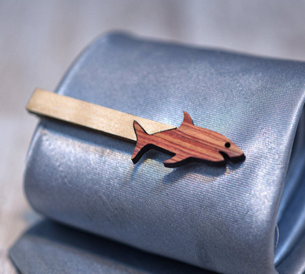 SHARK Tie Clip - Maple wood and Bois de Rose  tie bar