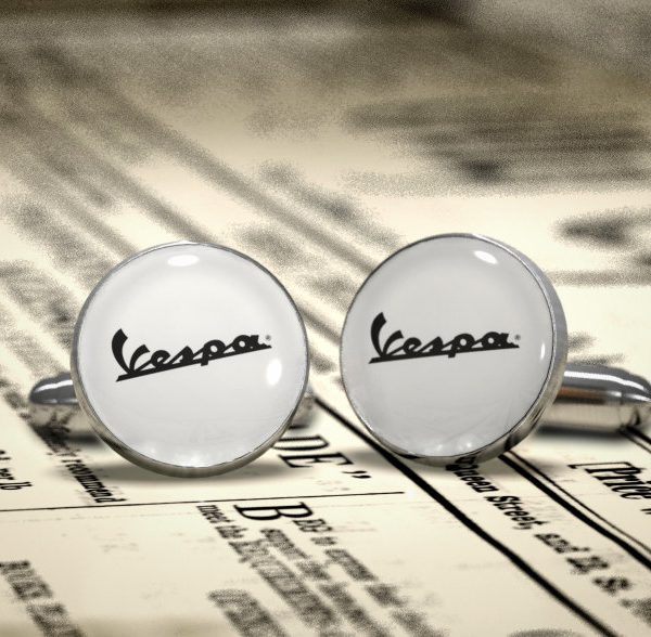 VESPA Fashion cufflinks -  Design icon cuff links - Perfect made in Italy accessory for a chic man.